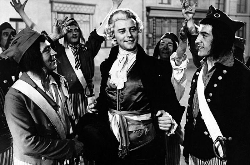 Krásky noci (1952)