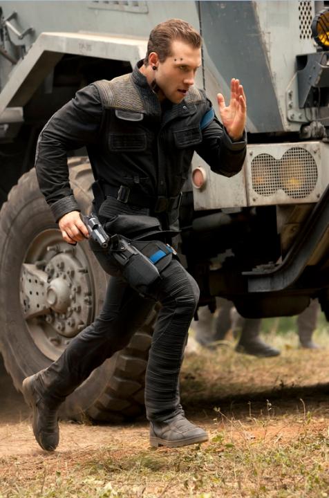Rezistence (2015)