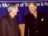 Alan Alda a William Rogers na snímku z roku 2000