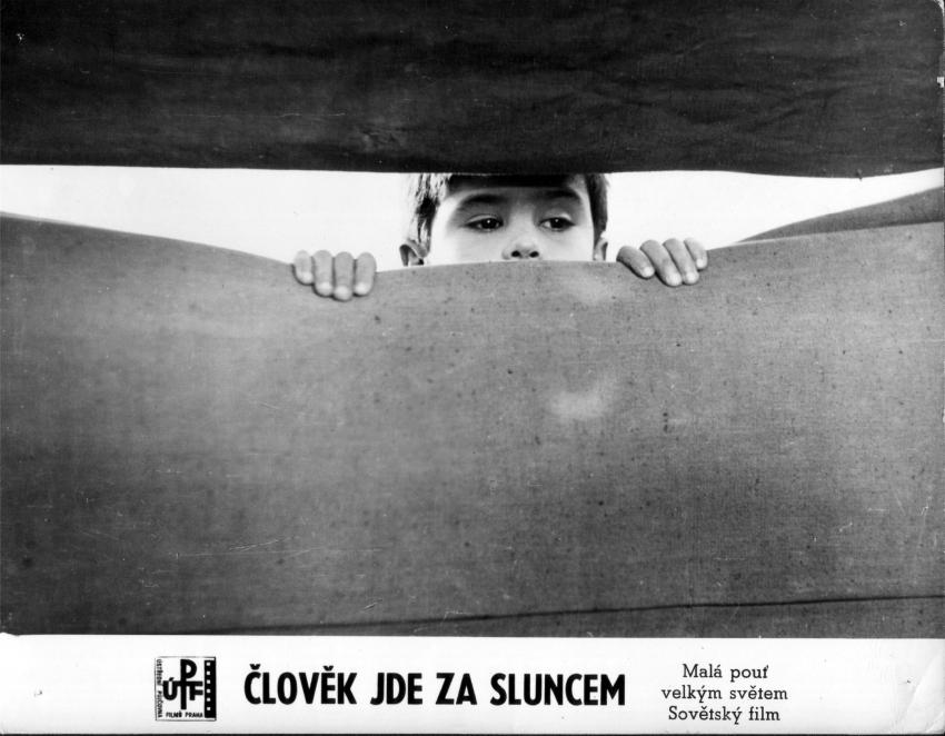 Člověk jde za sluncem (1961)