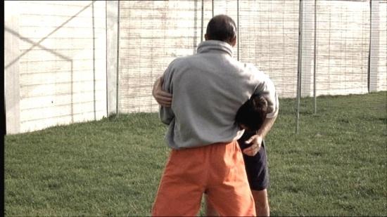 Fotbal za mřížemi (2001)