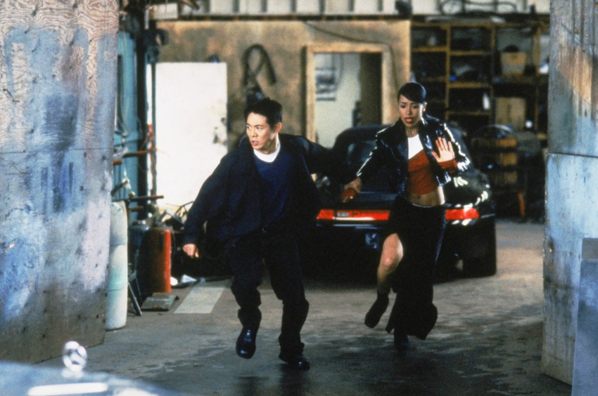 Romeo musí zemřít (2000)