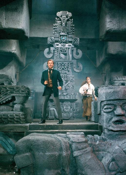 Pyramida boha slunce (1964)