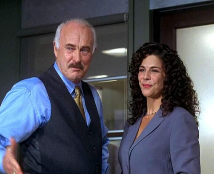 Ten, kdo tě chrání (2001) [TV seriál]