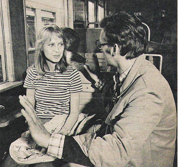 Marina Krogull jako Julie  a režisér Rainer Bär