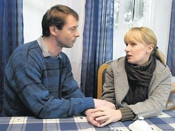 Pojišťovna štěstí (2004) [TV seriál]