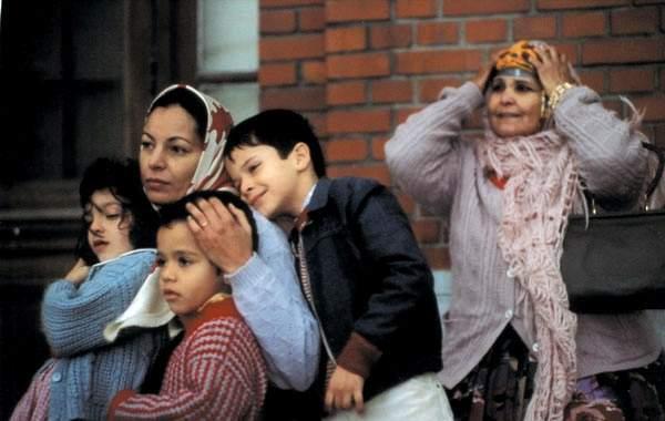 Inch'Allah neděle (2001)