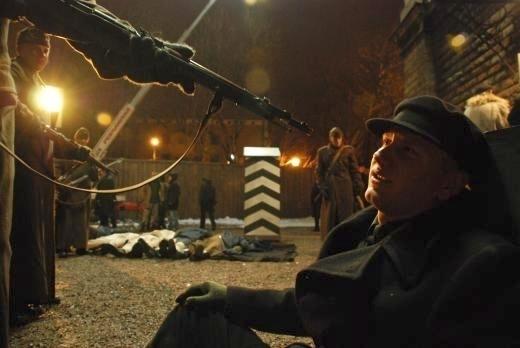Krvavá revoluce (2008)