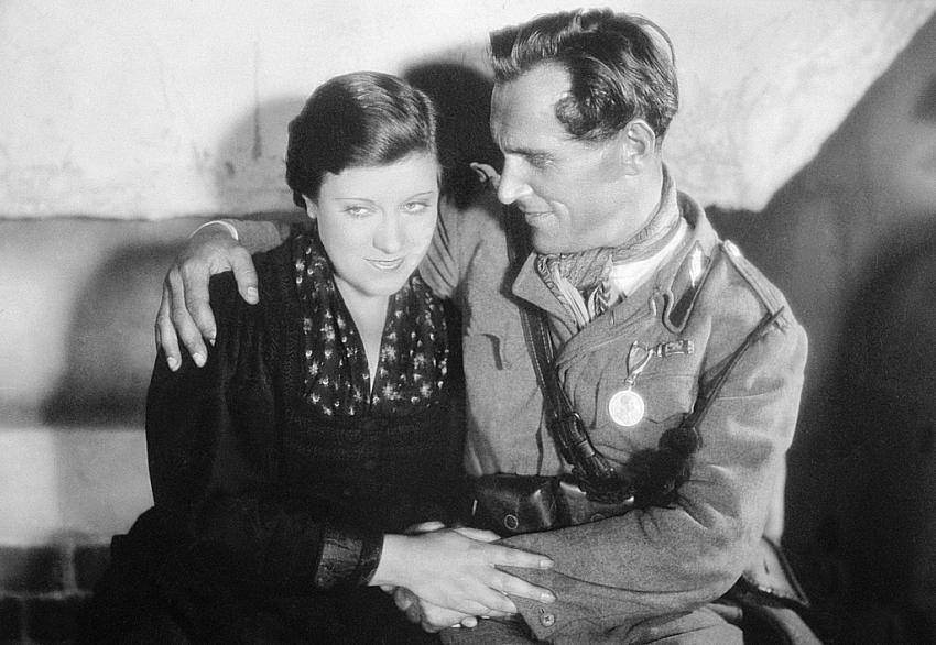 Hory v plamenech (1931)