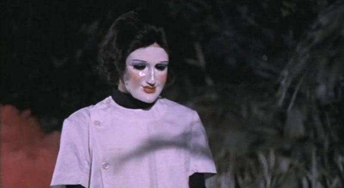 Vrah panenek (1975)