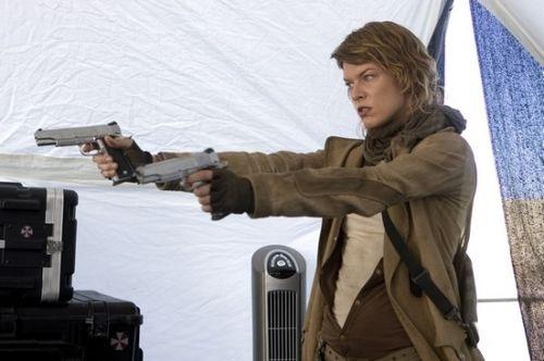 Resident Evil: Zánik (2007)