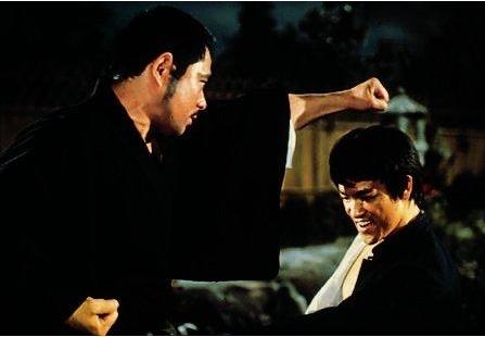 Pěst plná hněvu / Čínská spojka (1972)