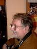 Eduard Hrubeš ve Švandově divadle při odhalování pamětní desky Vlasty Buriana (25.4.2008)