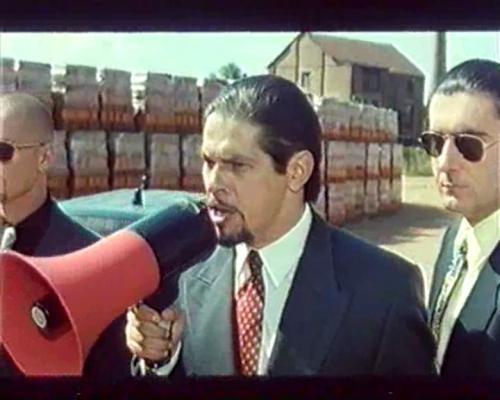 Červený prach (1999)