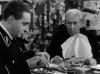 V. Tichonov ako Stirlitz a R. Pljatt ako pastor Schlagg