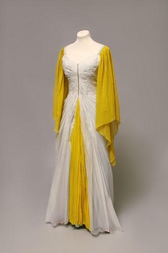 Princezna se zlatou hvězdou (1959) - z výstavy Jak se oblékají pohádky