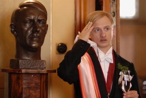 Obsluhoval jsem anglického krále (2006)