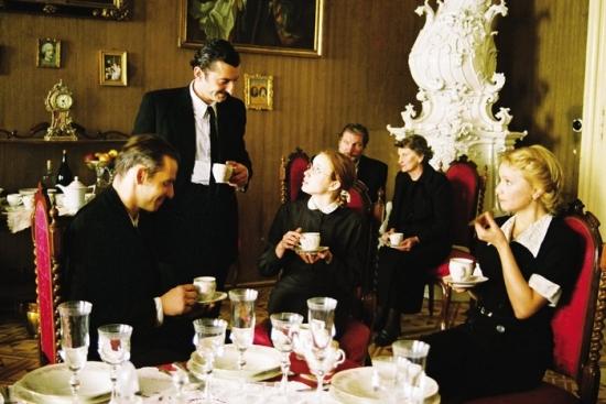 Kruté radosti (2002)