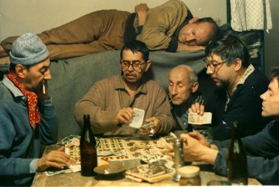 Skřivánci na niti (1969)