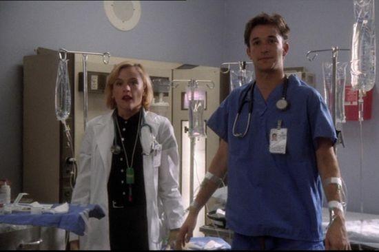 Pohotovost (1994) [TV seriál] - Christine Elise + Noah Wyle