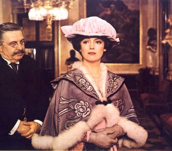 Božská Ema (1979)