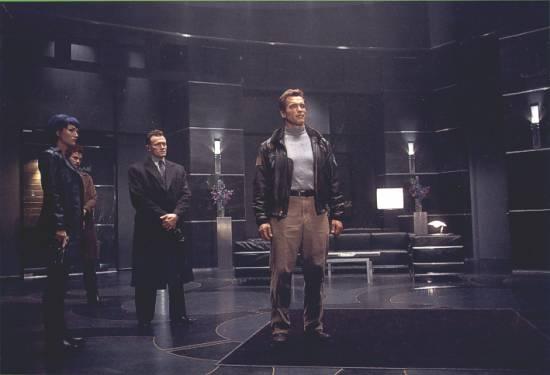 6. den (2000)