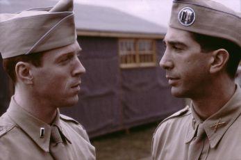 Bratrstvo neohrožených (2001) [TV seriál]