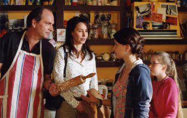 Katie Fforde: Můj táta, já a … ona (2005) [TV film]