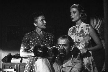 Okno do dvora (1954)