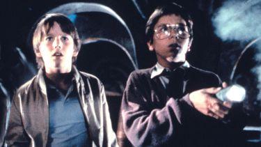 Badatelé (1985)