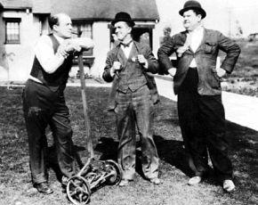 Dva na silnici (1929)