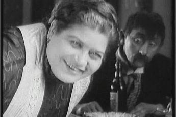 Antonie Nedošinská  Vlasta Burian