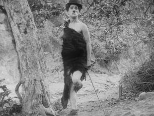 Chaplin v pravěku (1914)