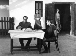 Zoltán Latinovits, Mari Töröcsik a  András Kozák