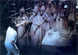 El buque maldito (1974)