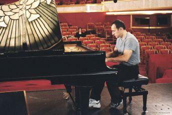 Sedadla v parteru (2006)