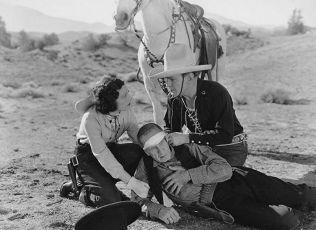 The Crimson Trail (1935)