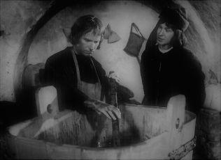 Vom Webstuhl zur Weltmacht (1982) [TV seriál]