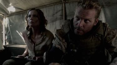 Seal Team 8: Za nepřátelskou linií (2014)