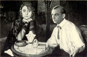 Die Dame in Schwarz (1920)