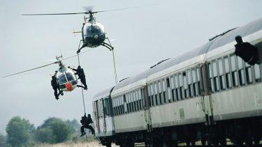 Vlak smrti (2006) [TV film]