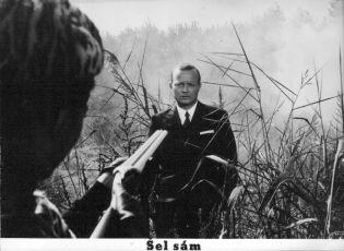 Šel sám (1967) [TV minisérie]