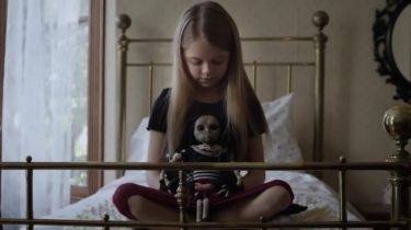 Panenka z pekla (2014) [TV film]
