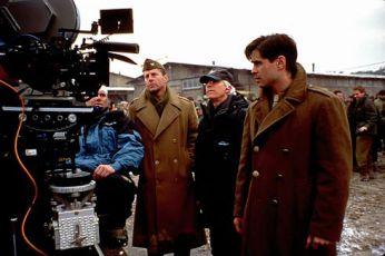 Bruce Willis a Colin Farrell se štábem v České Republice