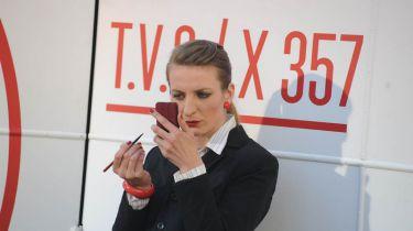 Anna Polívková jako TV redaktorka