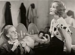 Child of Manhattan (1933)