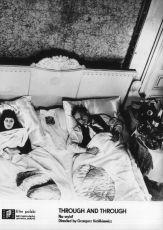 Skrz naskrz (1972)