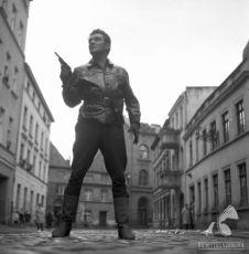 Právo a pěst (1964)