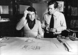 Dvě dívky v jednom pyžamu (1974)