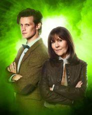Matt Smith jako Jedenáctý Doktor a Elisabeth Sladen jako Sarah Jane